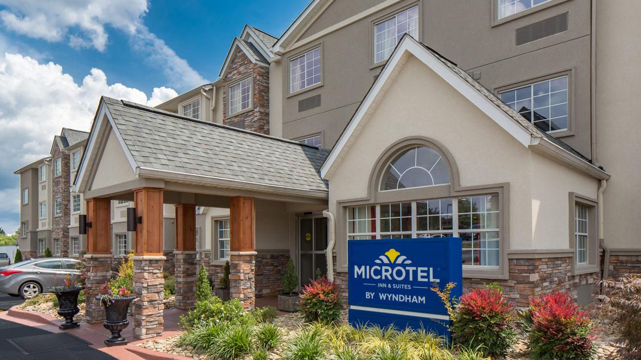 microtel-170612-006-HDR-Edit